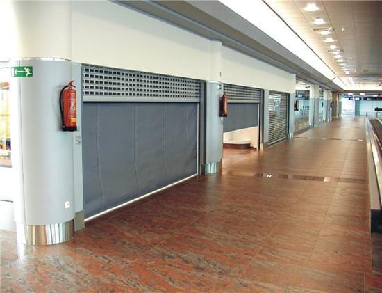 济通公司的挡烟垂壁布用于无锡时代国际大厦
